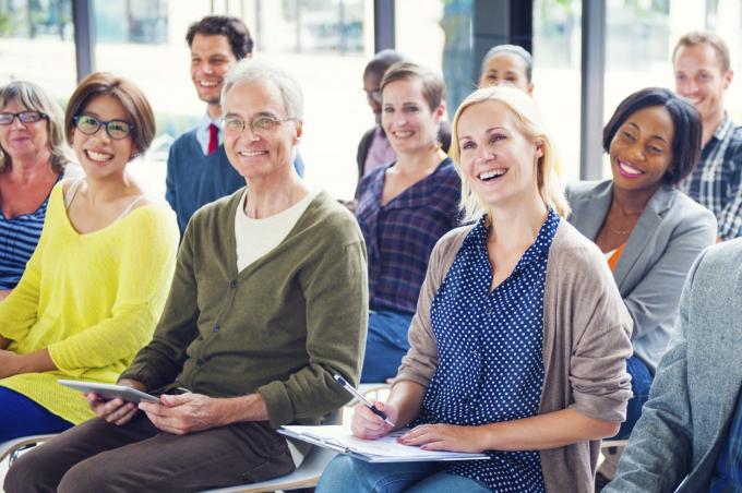 Deelnemers aan vergadering