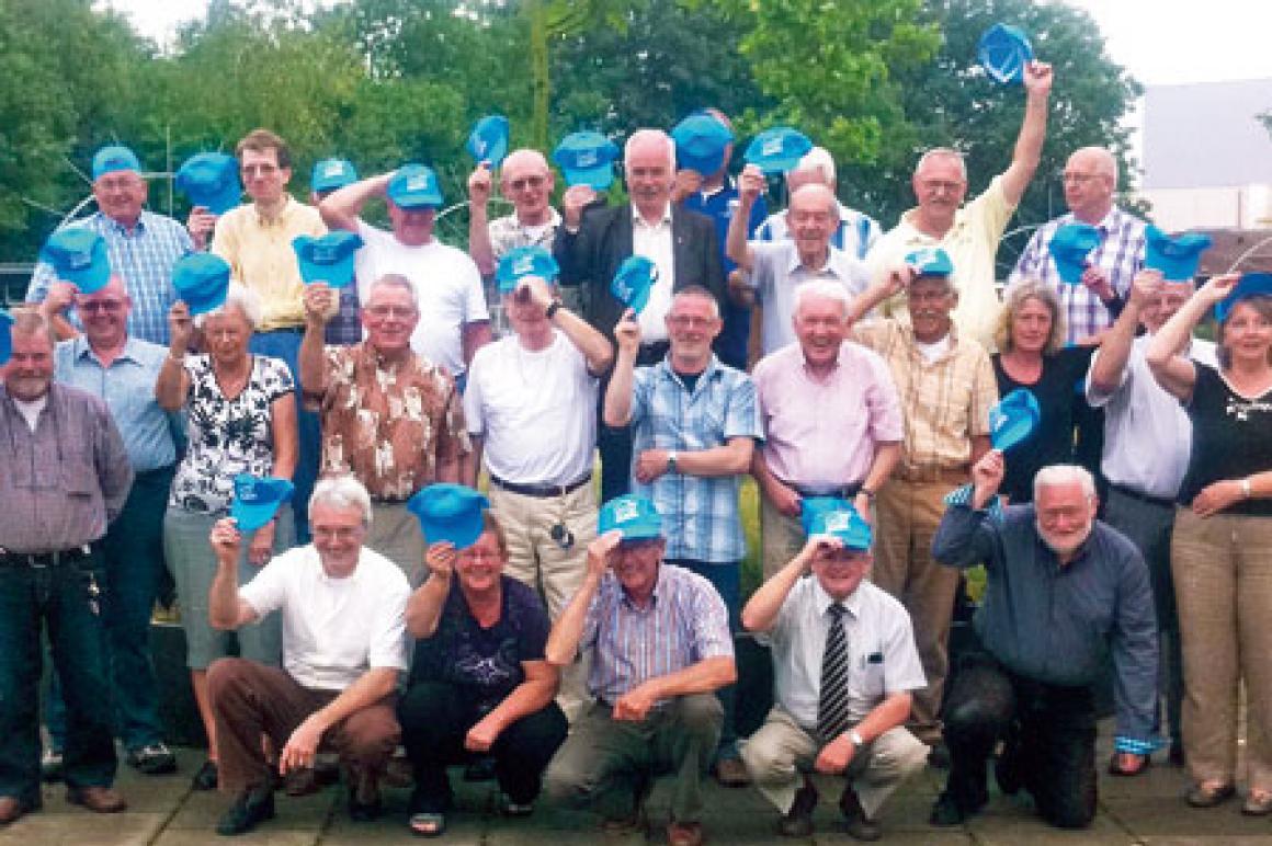 Provinciale vertegenwoordigers Gelderland met Houd Huren Betaalbaar petten
