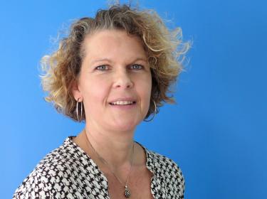 Natascha van der Veer, secretaresse voor regio West