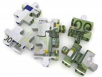 Eurobiljet in puzzelstukjes