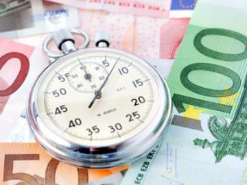 Klokje op eurobiljetten