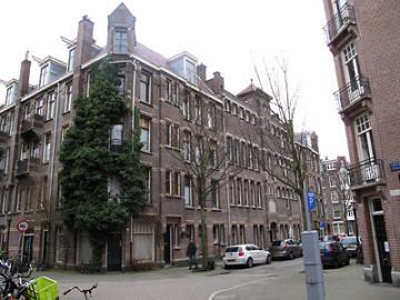 Toldwarsstraat Amsterdam
