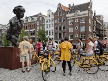 Toeristen in Amsterdam_2010