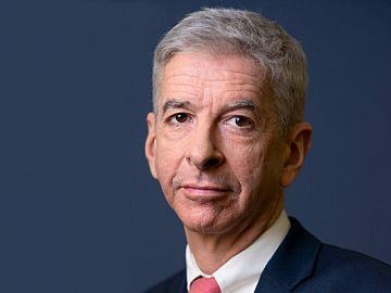 Ronald Plasterk (PvdA), minister voor Wonen en Rijksdienst